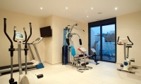 Luxury-saeafront-villas-for-sale-in-Chania-Crete-Greece-with-private-gym
