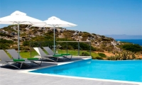 Luxury-seafront-villas-for-sale-in-Chania-Crete-Greece-with-private-swimming-pool