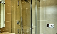 26.Bathroom (2)